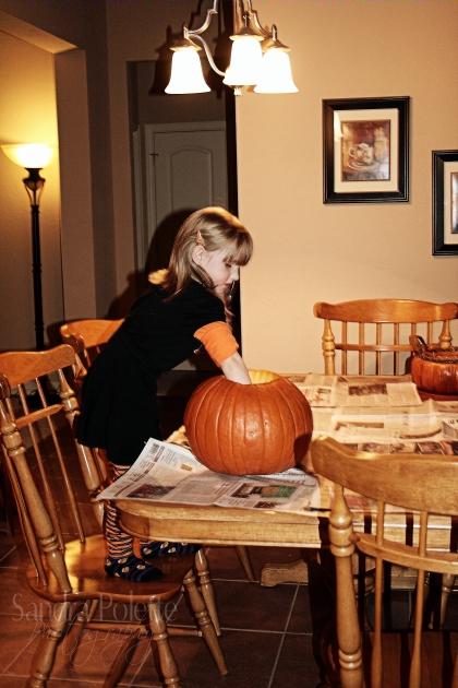 PumpkinCarvin2